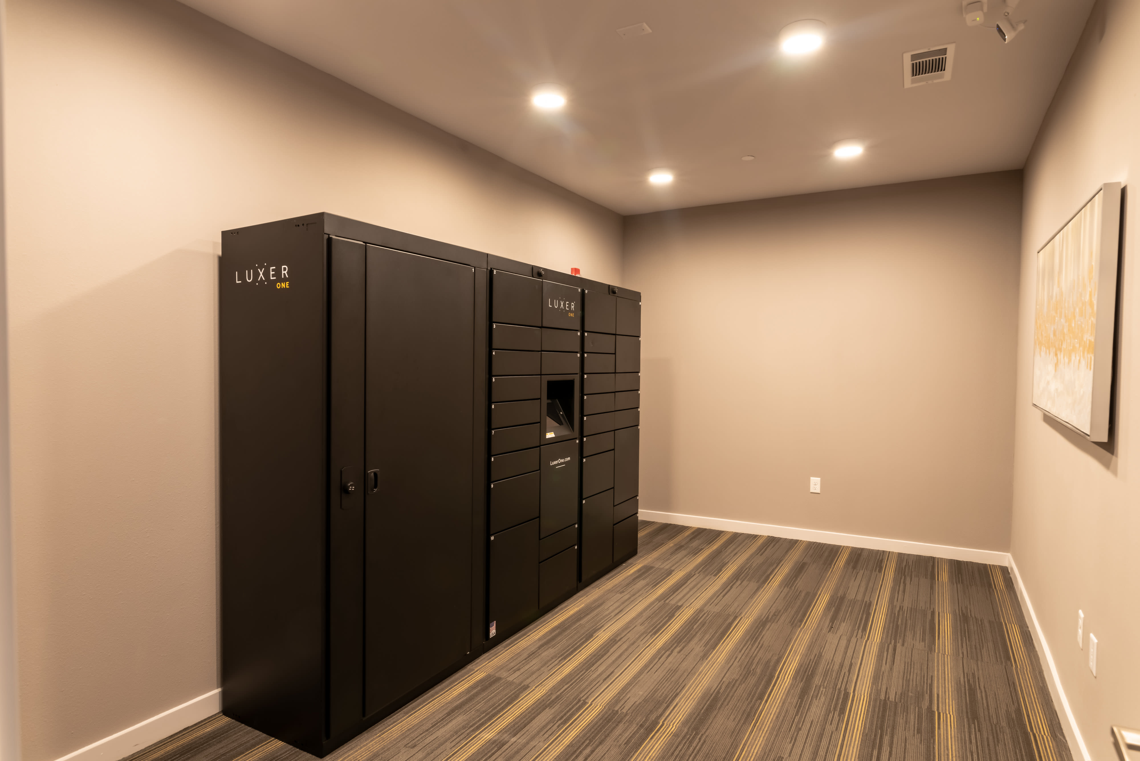 Enjoy the conveniences of our 24-Hour Luxur Package System at Haven at Liberty Hills in Houston, TX