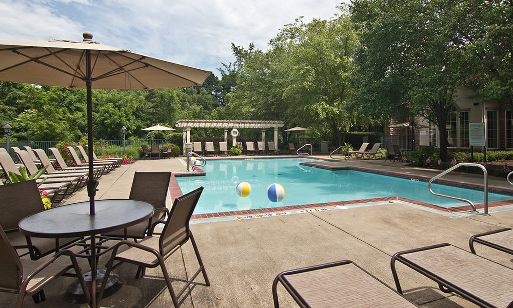 Pool at Highlands of Montour Run in Coraopolis, PA