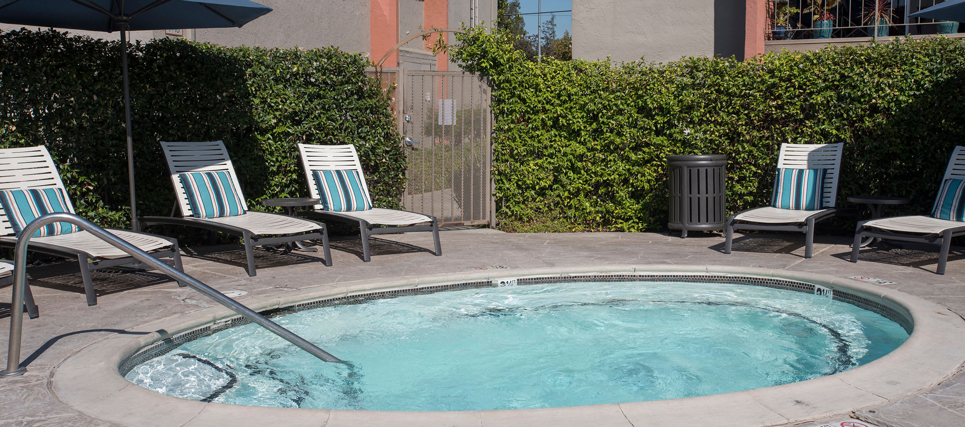 Hot tub at La Valencia Apartment Homes in Campbell, California