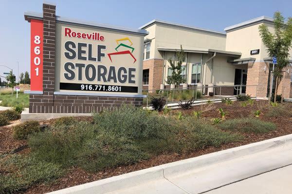 Roseville Self Storage development by Thomastown Builders Inc.