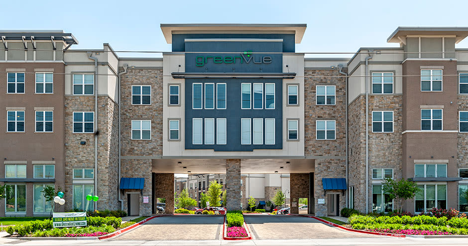 GreenVue Apartments offers a unique clubhouse in Richardson, Texas