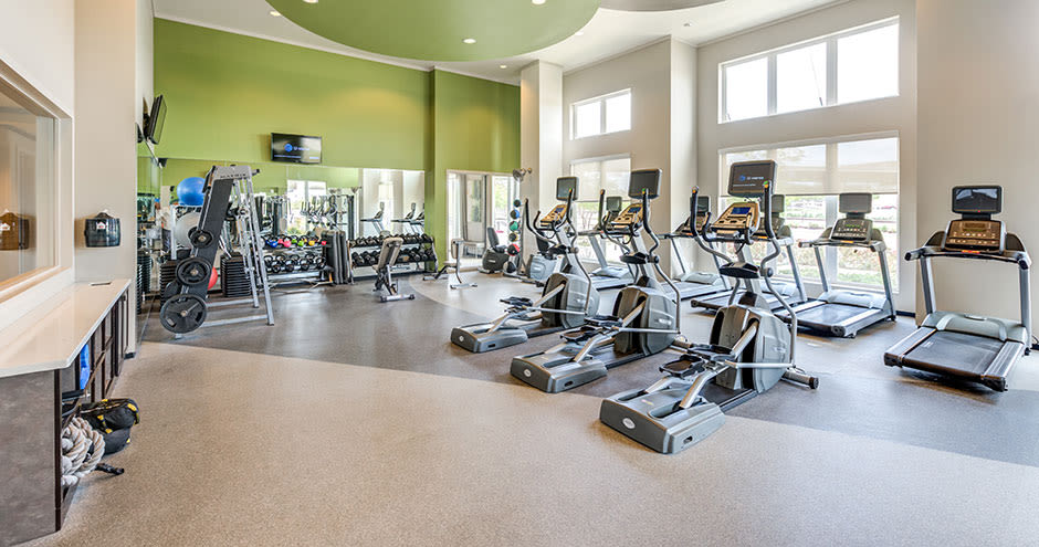 Enjoy apartments with a state-of-the-art fitness center at GreenVue Apartments