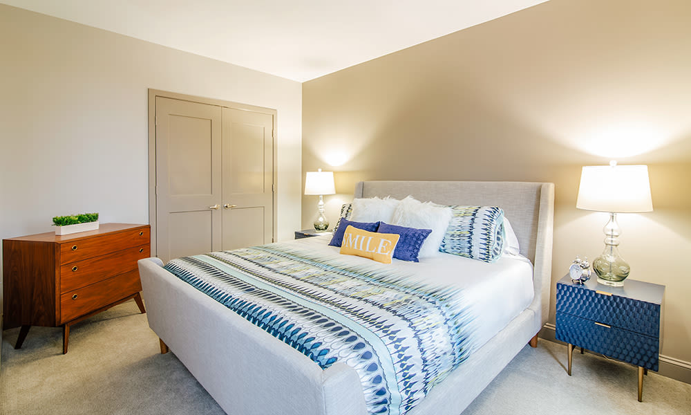 The Linc offers a cozy bedroom in Rochester, New York