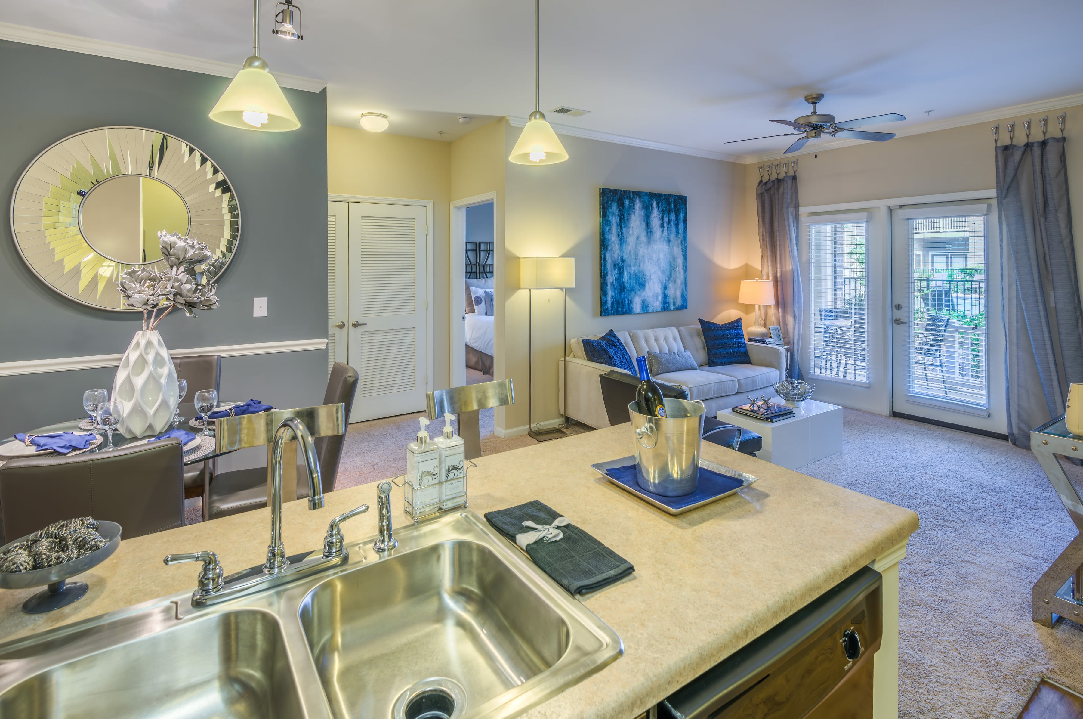 Sterling Town Center offers renovated apartments in Raleigh, North Carolina