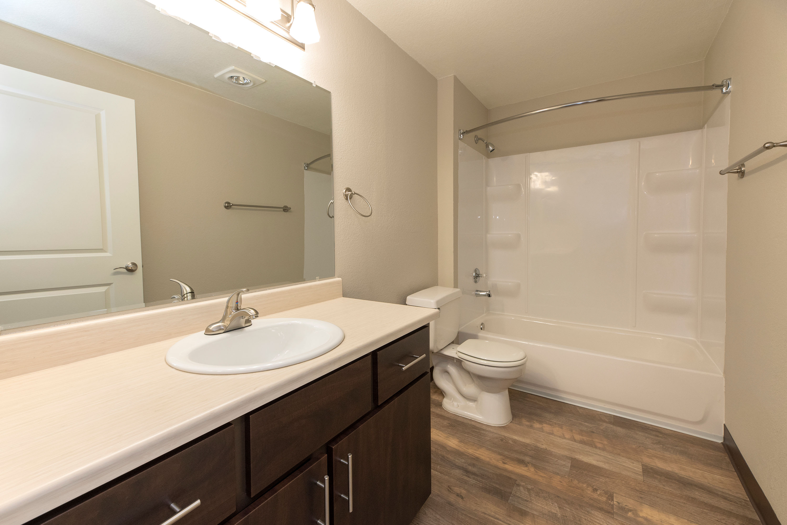 Bathroom at Slate Ridge at Fisher's Landing Apartment Homes in Vancouver, Washington