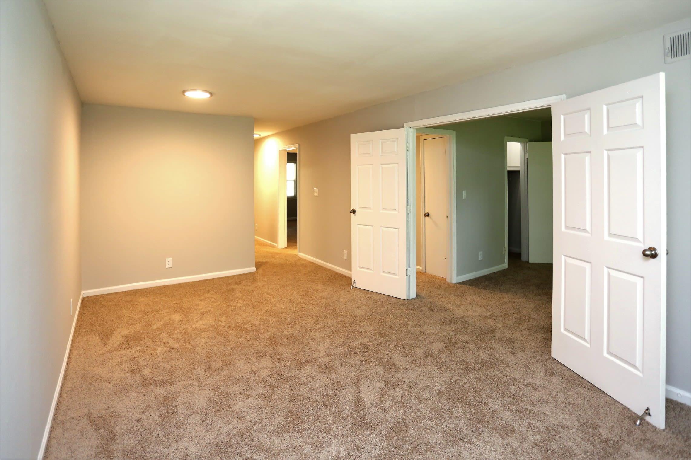 Spacious Carpeted Floorplan at Greensboro, NC Apartment