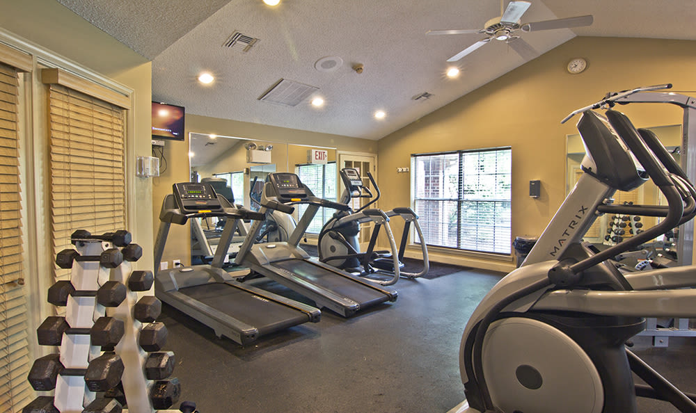 Our apartments in Pittsburgh, Pennsylvania showcase a modern fitness center
