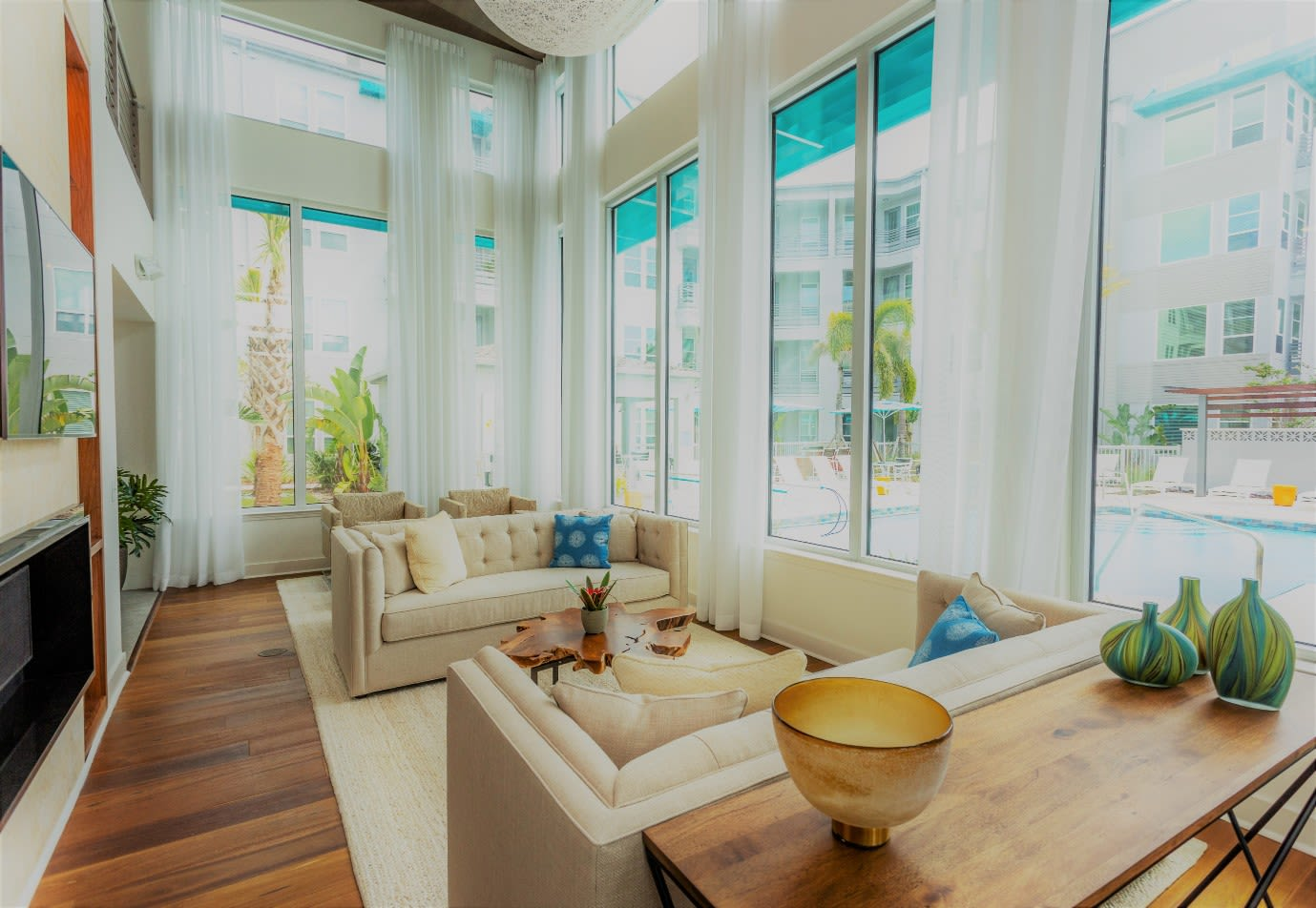 Common Area at 50 Paramount Apartments in Tampa Florida