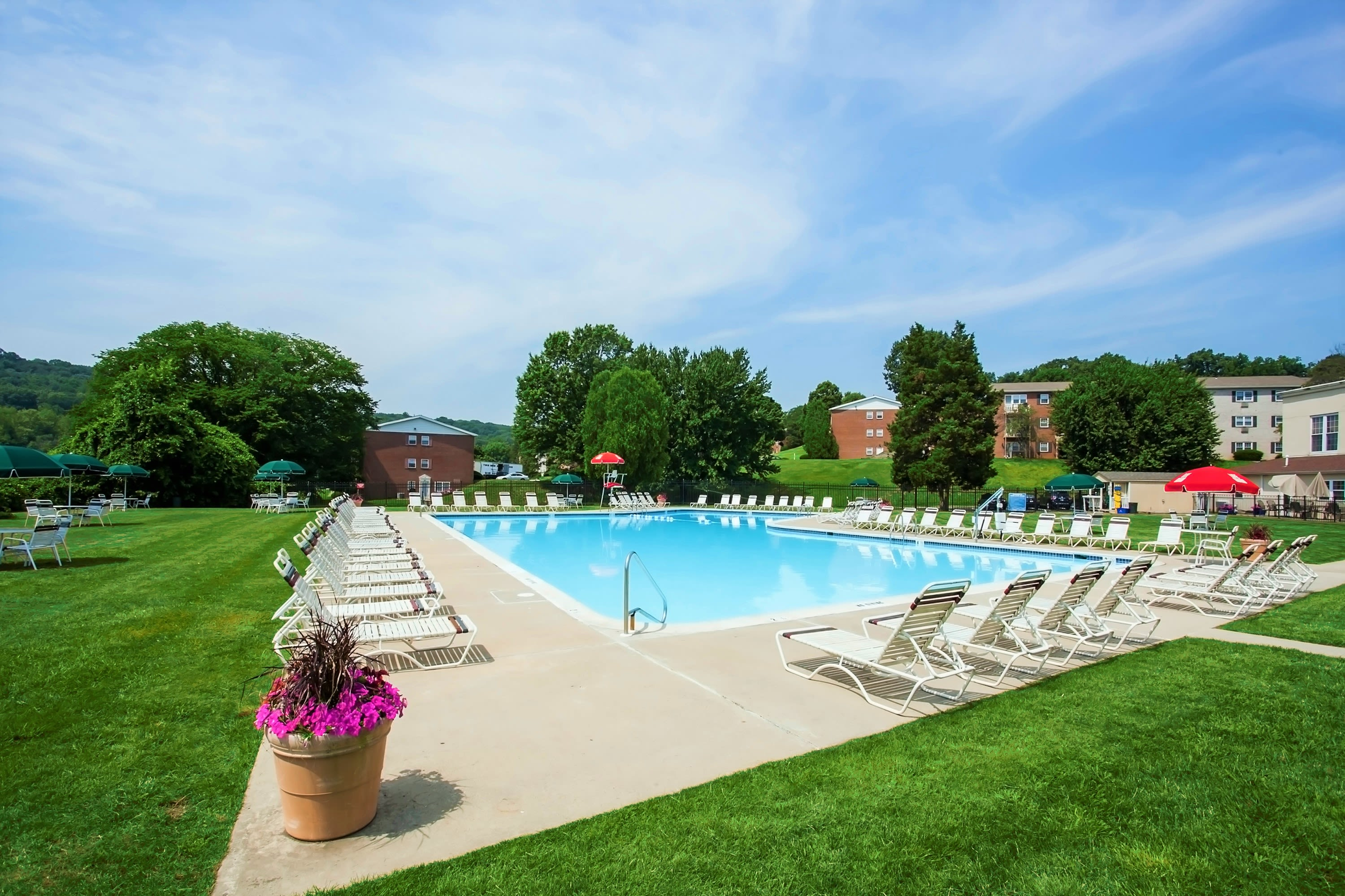 Kingswood Apartments & Townhomes offers a modern fitness center in King of Prussia, Pennsylvania