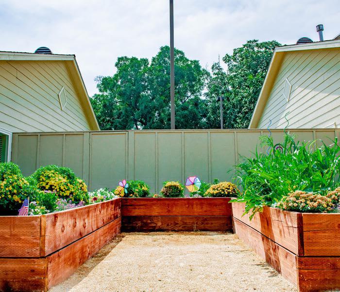 Beautiful gardens at Pacifica Senior Living Vacaville in Vacaville, California