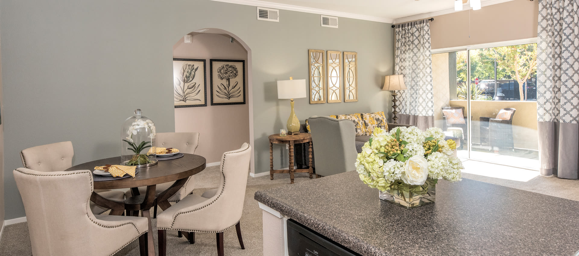 Enjoy a beautiful living room at Cross Pointe Apartment Homes