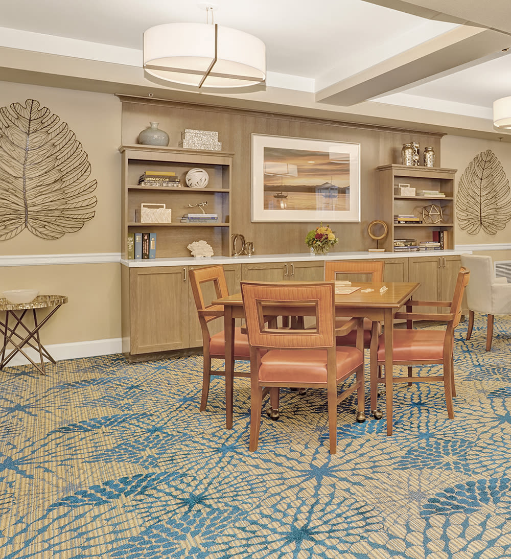 A decorative common area for residents at Island House Assisted Living in Mercer Island, Washington