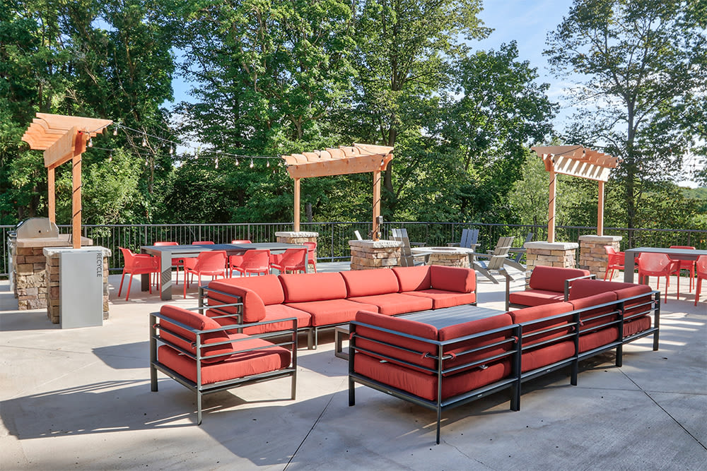 Bbq area at Ellison Heights Apartments in Rochester, New York