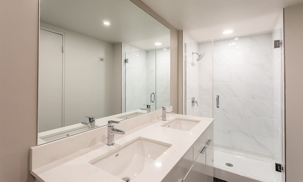 The Venue offers a spacious bathroom in Rochester, New York
