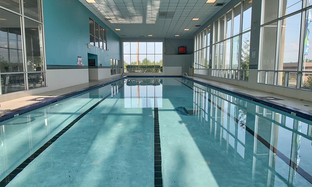 Unique indoor swimming pool at Lakeshore Drive in Cincinnati, Ohio