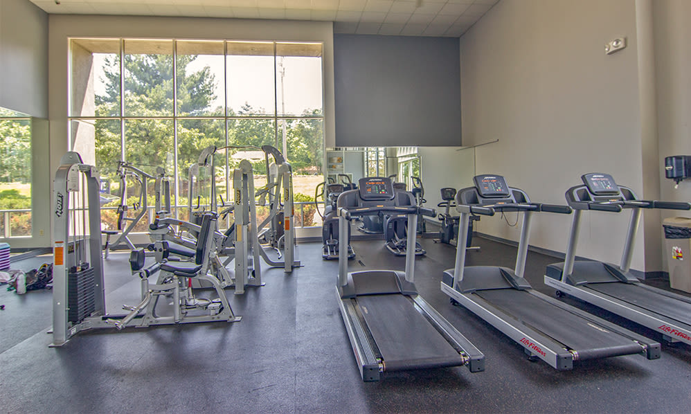 State-of-the-art fitness center at Lakeshore Drive in Cincinnati, Ohio