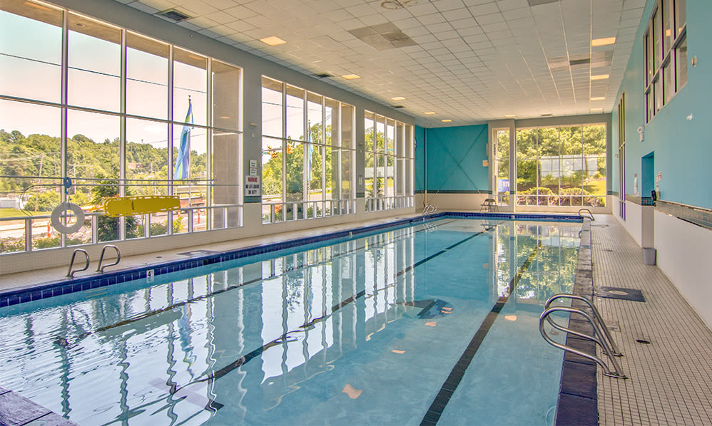 Indoor pool at Lakeshore Drive