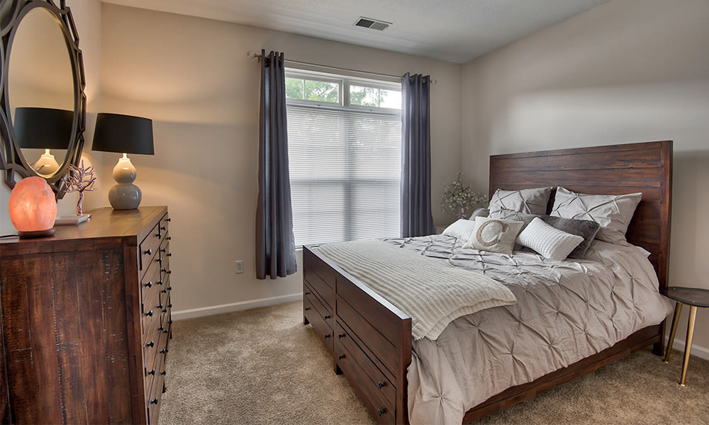 Bedroom at Chelsea Place in Toledo, Ohio