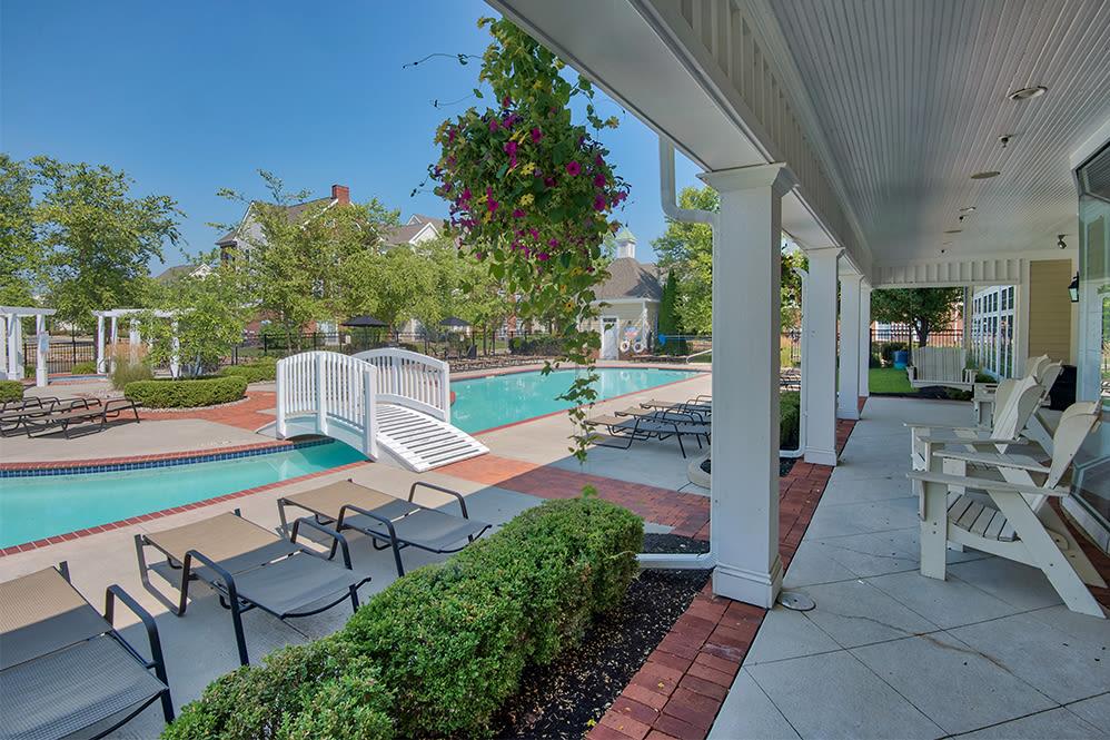 Luxury swimming pool at Preston Gardens in Perrysburg, Ohio