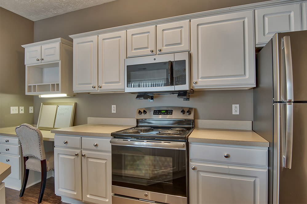 Fully equipped kitchen at apartments in Perrysburg, Ohio