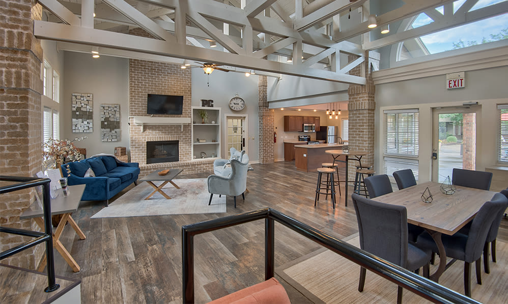 Perry's Crossing Apartments offers a beautiful clubhouse in Perrysburg, Ohio