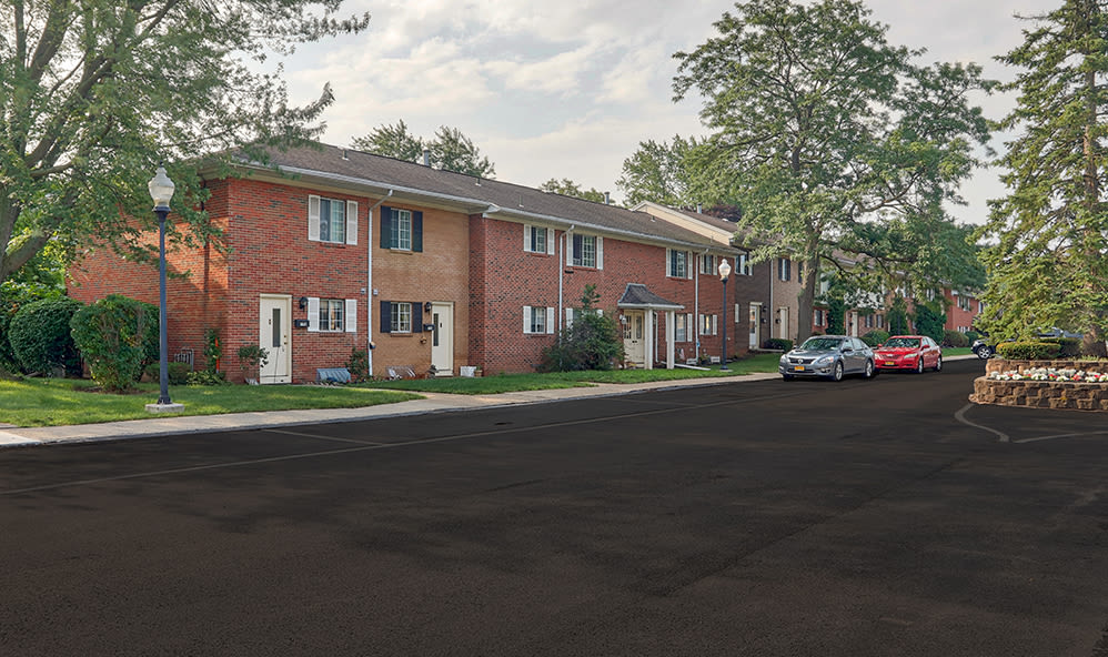 Welcome to Elmwood Terrace Apartments & Townhomes in Rochester, New York