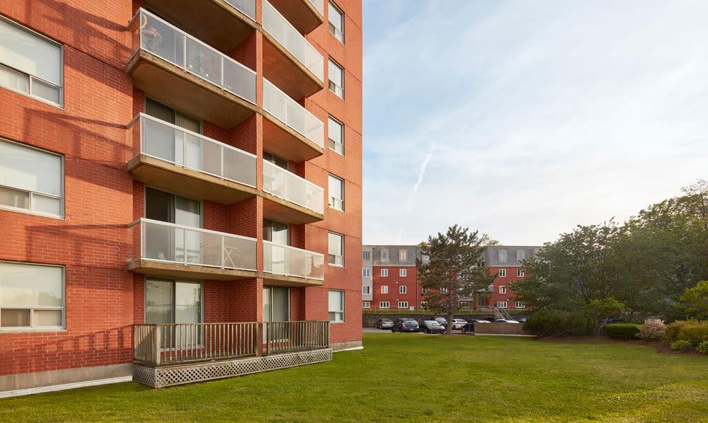 Cunard Apartments offers a private balcony in Halifax, Nova Scotia