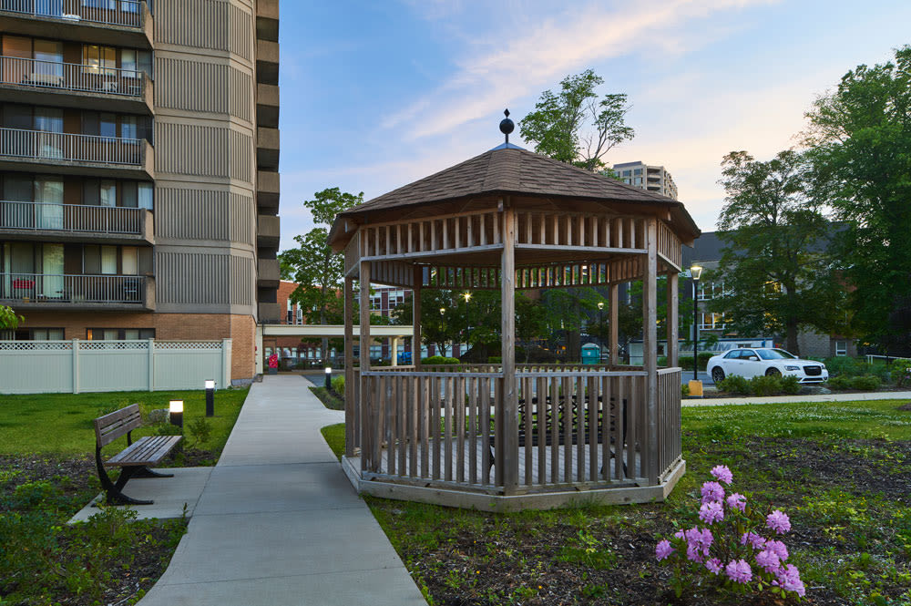 Enjoy apartments with walking paths at Spring Garden