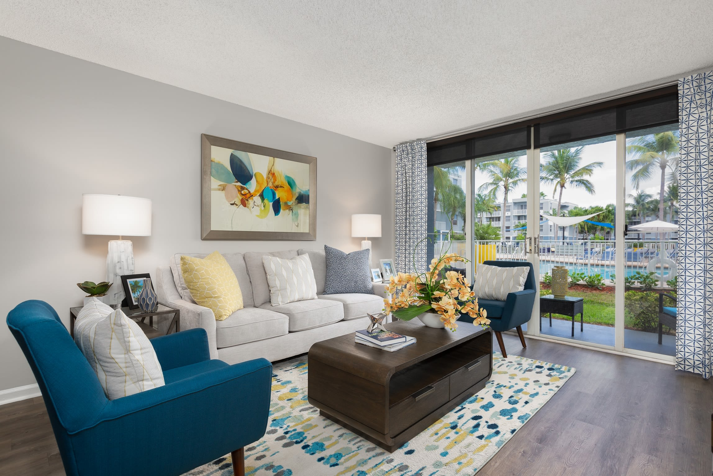Beach Walk at Sheridan offers amazing apartment homes in Florida