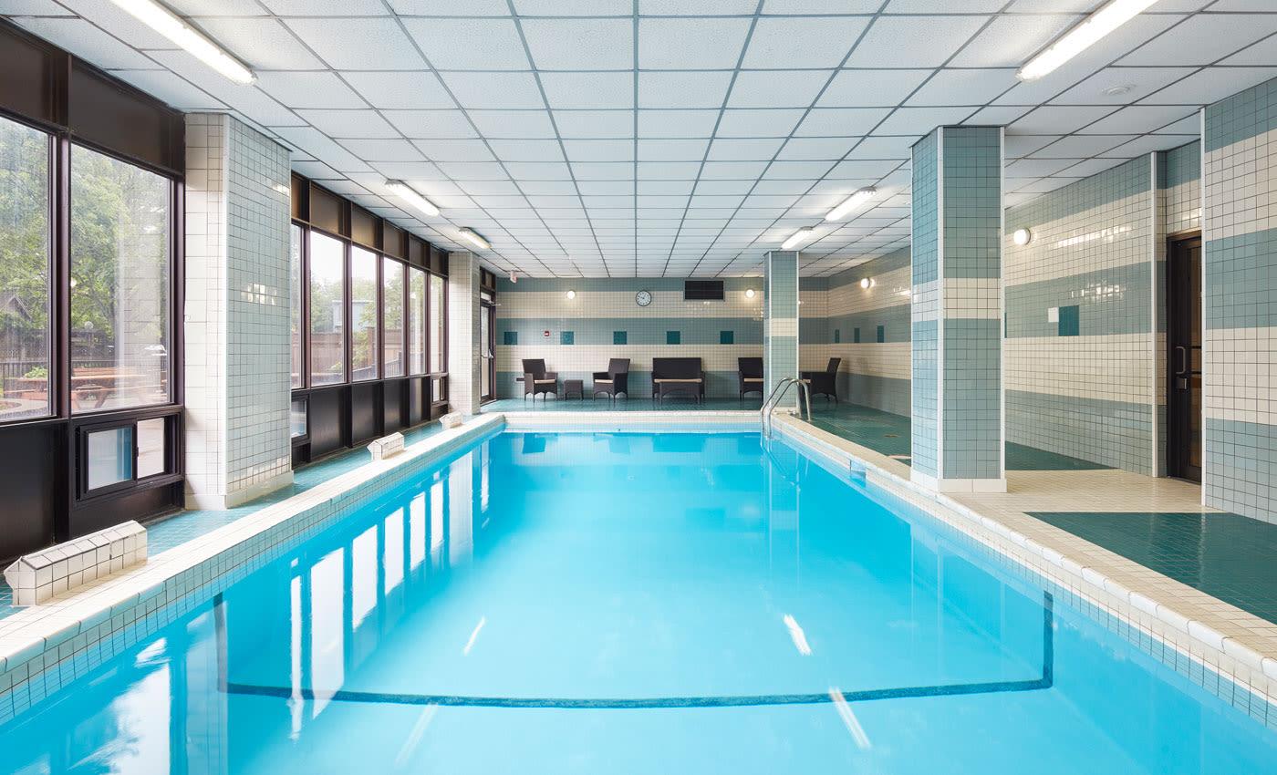 MacDonald Apartments offers a beautiful swimming pool in Halifax, Nova Scotia