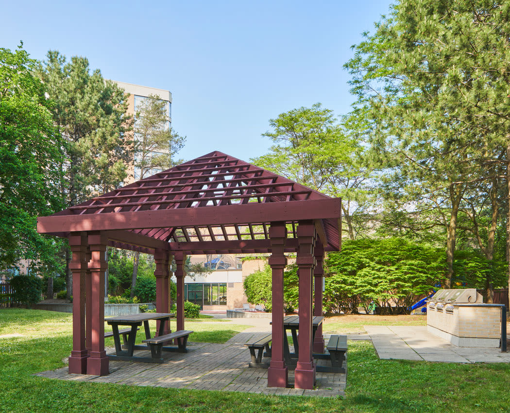 Picnic tables and outdoor gazebo at The Galleria in North York, ON