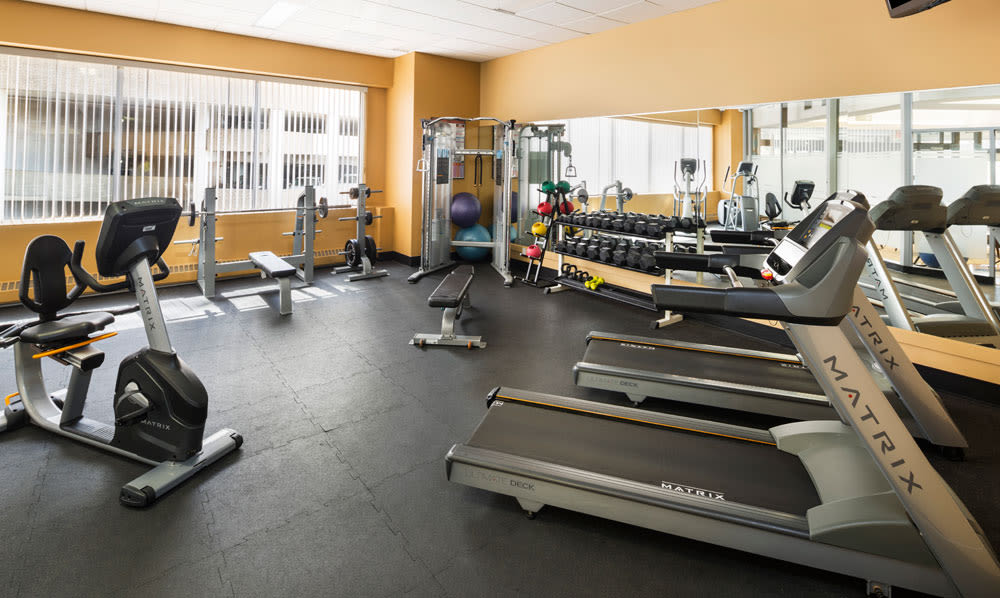 Park Square offers a well-equipped fitness center in Edmonton