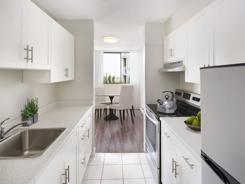 Glenmore Gardens offers a beautiful kitchen in Calgary, Alberta