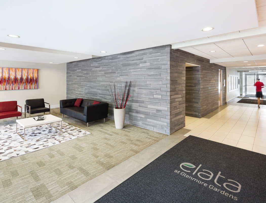 Lobby and waiting area of Elata