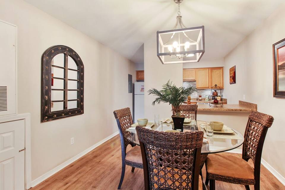 Beautiful dining room at Summerfield Apartment Homes in Harvey, Louisiana