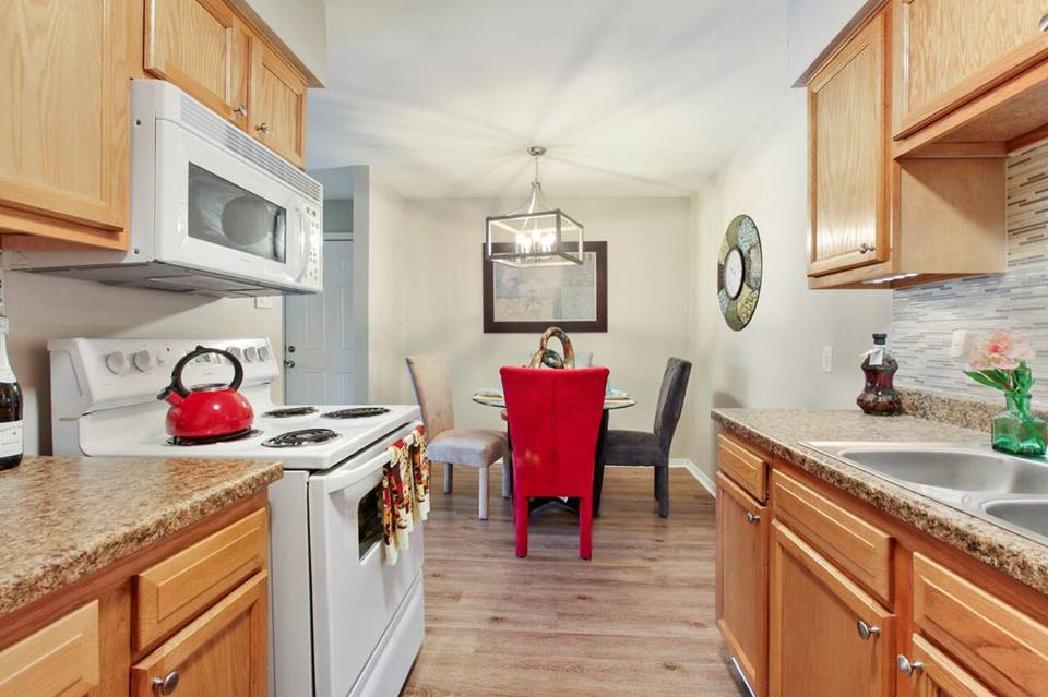 Spacious Kitchen at Summerfield Apartment Homes in Harvey, Louisiana