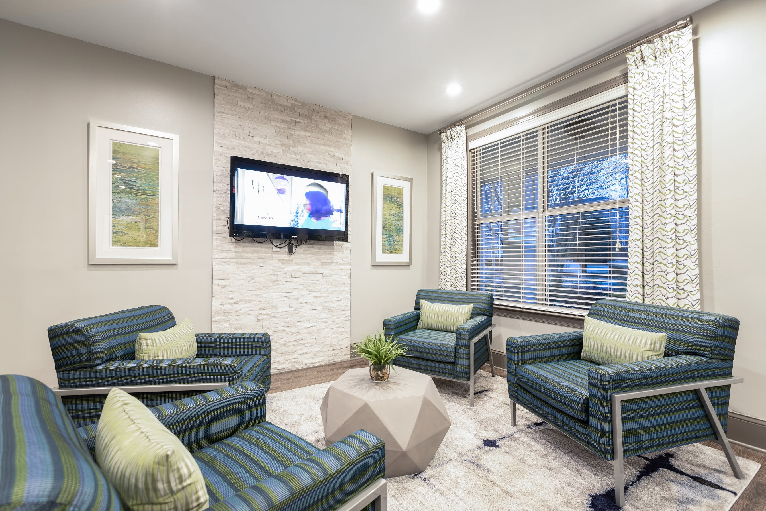 The Mark offers spacious 1, 2 & 3 bedroom apartments for rent in Raleigh