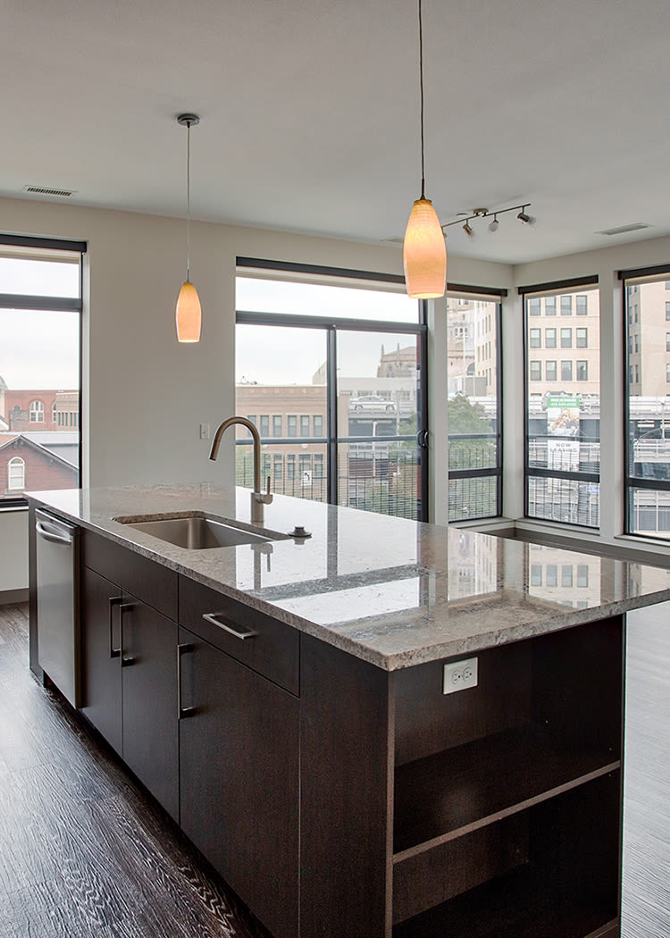 Eastside Bond Apartments offers a beautiful open floor plans in Pittsburgh, Pennsylvania