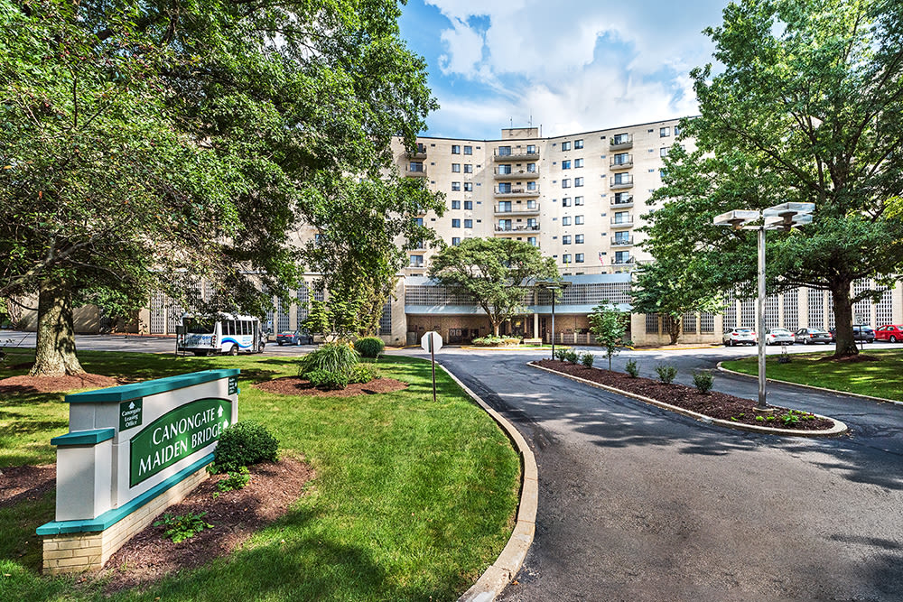 Welcome to Maiden Bridge and Canongate Apartments located in Pittsburgh, PA