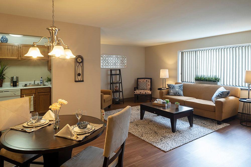 Spacious floor plans at apartments in Pittsburgh, Pennsylvania