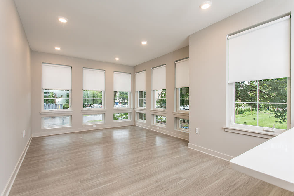 Gorgeous apartment features for your comfort at 933 the U home in Rochester, NY