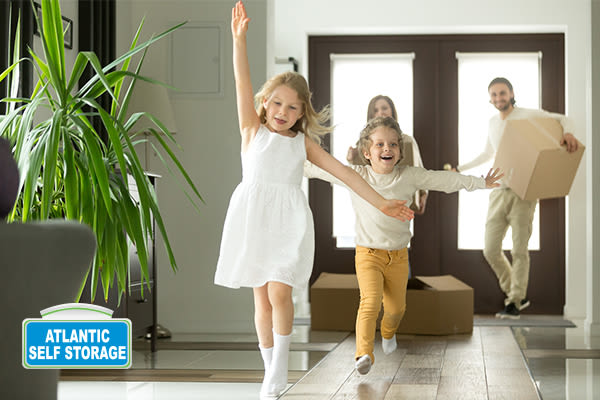 Move into your new space at Atlantic Self Storage in Jacksonville, FL