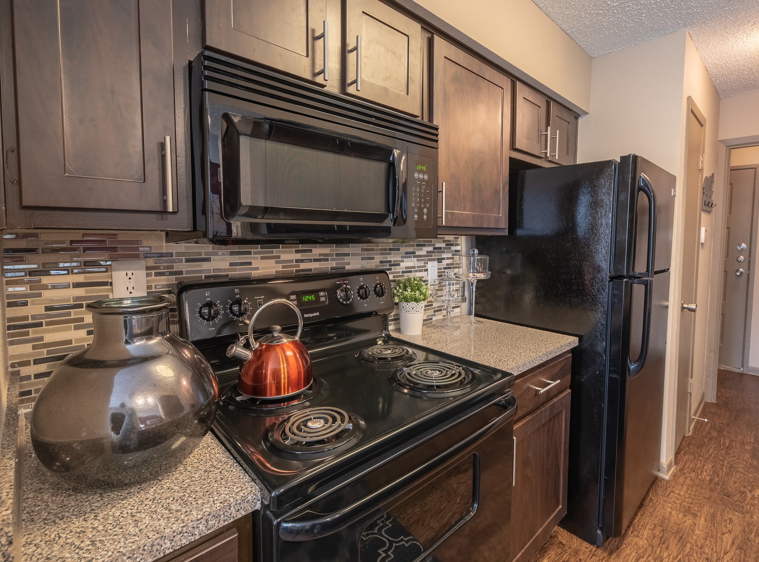 Well-equipped kitchen at Ridgeview Place in Irving, Texas