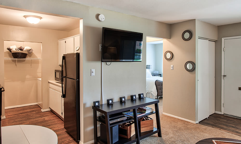 Cozy living area at The Summit at Ridgewood in , Indiana