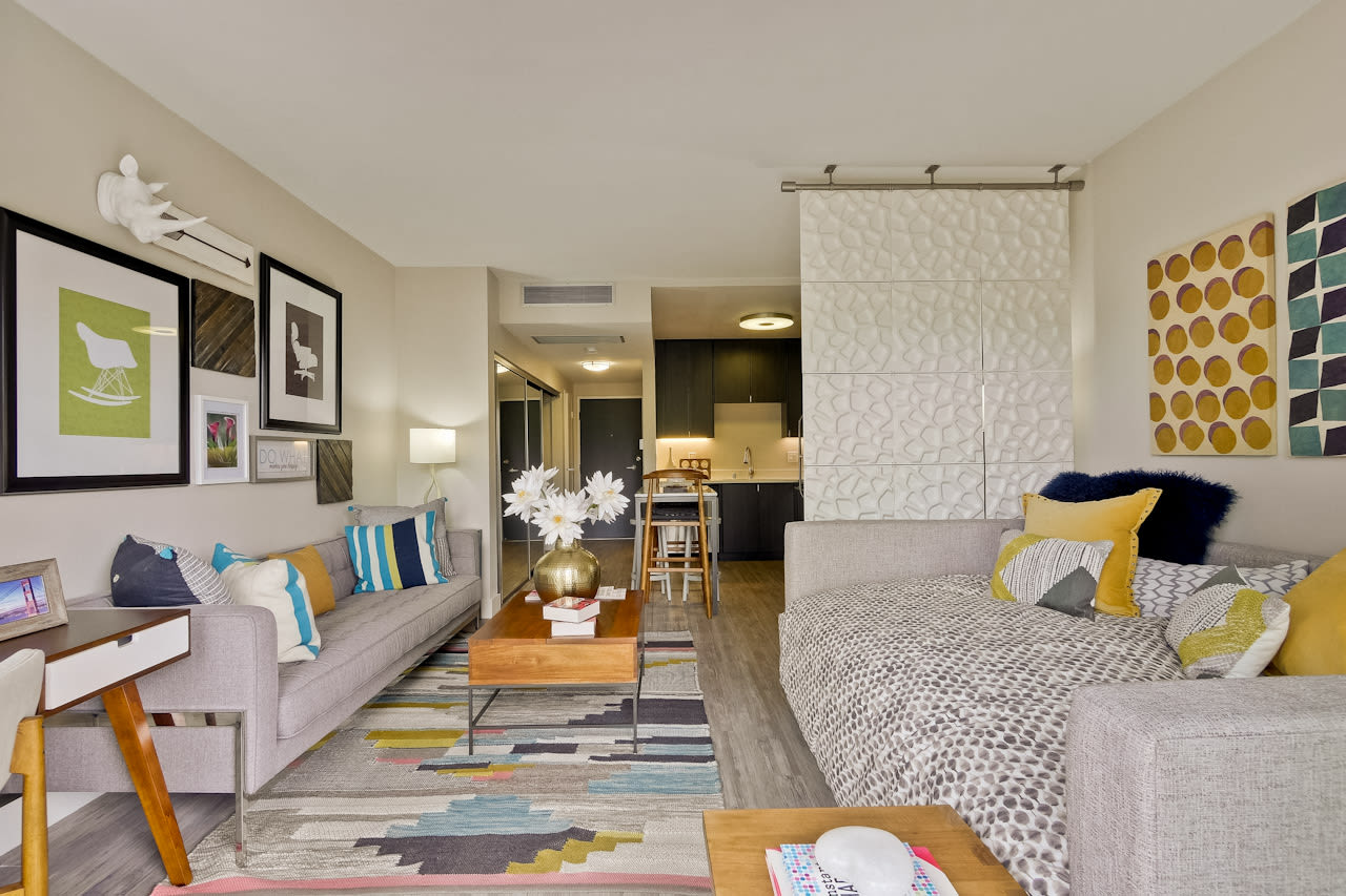 Enjoy this cozy studio apartment at Mia in Palo Alto, CA