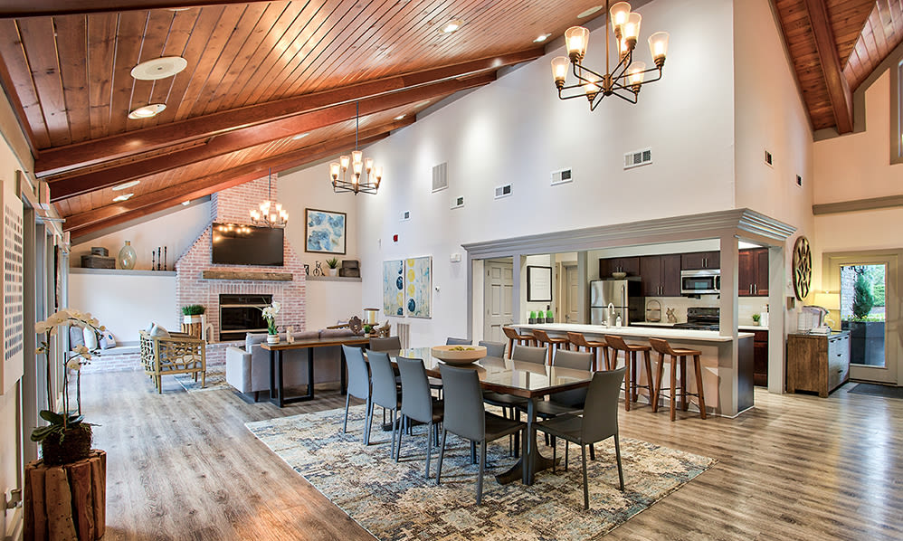 Luxury clubhouse at Hunter's Chase Apartments in Westlake, Ohio