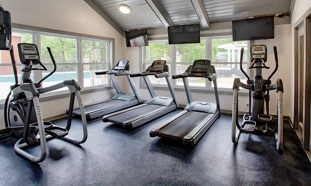 Modern fitness center at Hunter's Chase Apartments in Westlake, Ohio