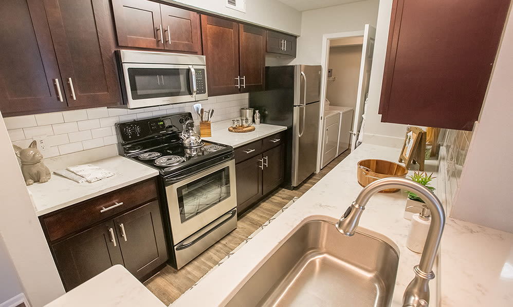 Modern kitchen at Hunter's Chase Apartments in Westlake, Ohio