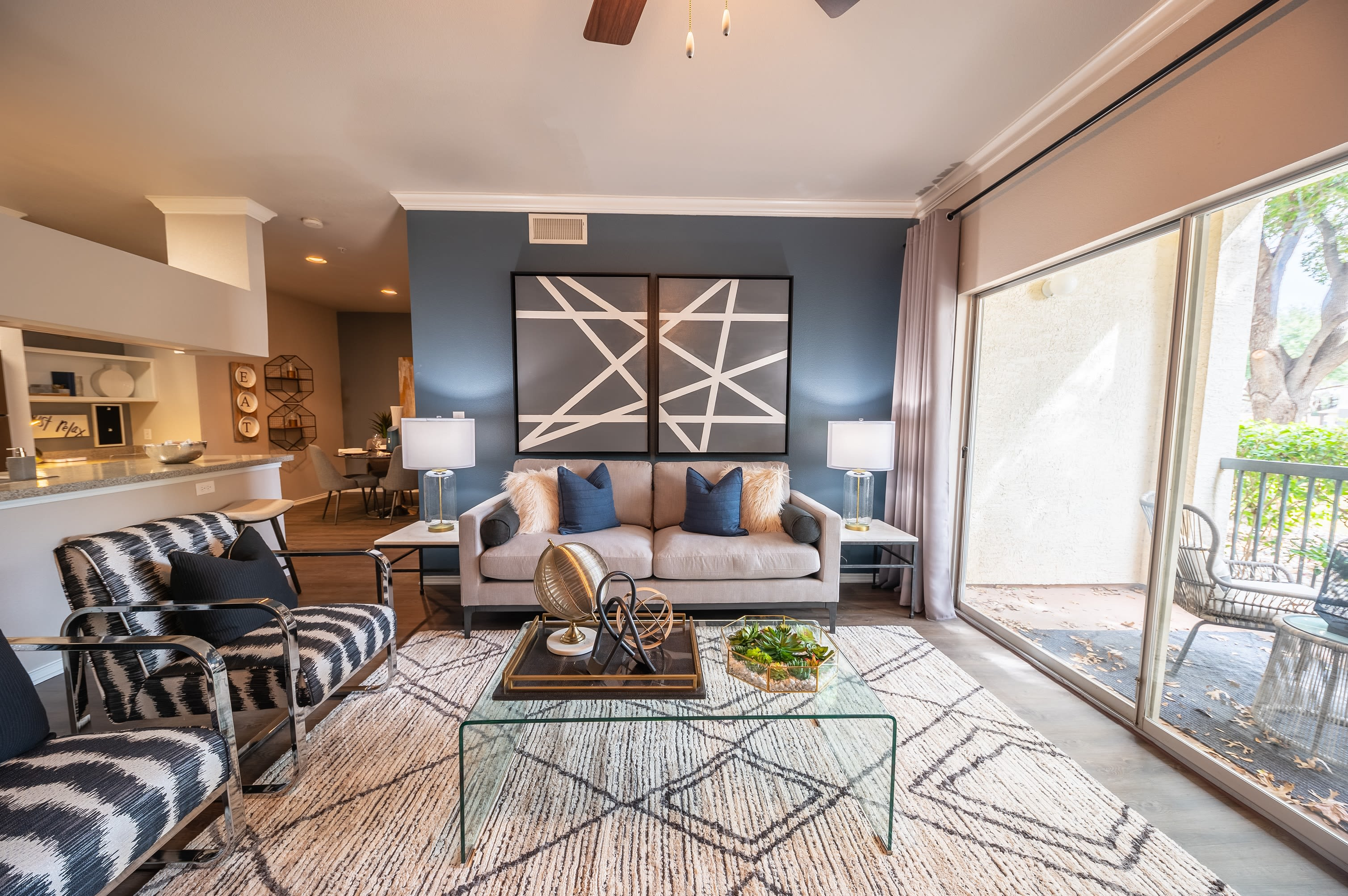 Well decorated dining area at 23Hundred at Ridgeview in Plano, Texas