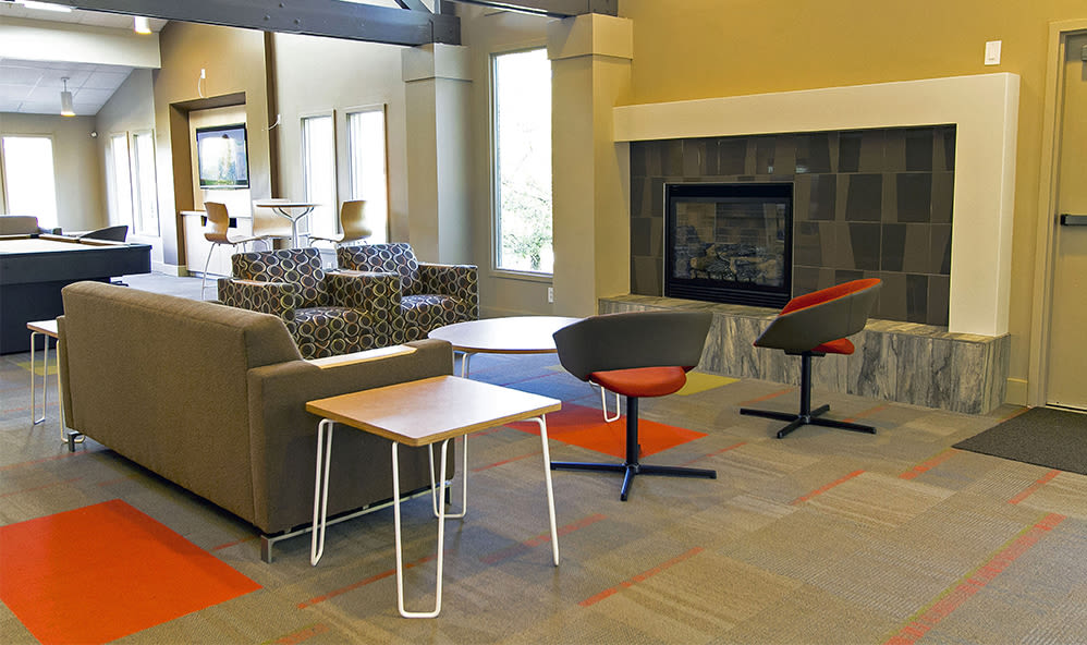 Clubhouse seating at Raintree Island Apartments in Tonawanda